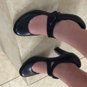 Black high heels Steve Madden